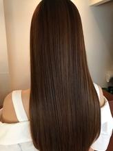 [大人女性×艶髪ストレート]徹底的にダメージを抑えた縮毛矯正で、憧れ美髪へ♪ツヤと潤いのある仕上がり◎