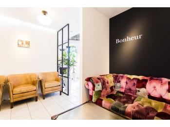 ボヌール 梅田店(Bonheur)(大阪府大阪市北区/美容室)
