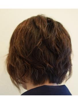 毛先散らすゆるやかショート【Hair Make S-CORE】 053-445-2100