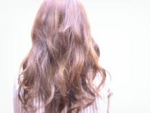 """【21時まで受付OK】""""カラーの色味や髪の長さってどう伝えたら…""""という方も安心の完全貸切サロン♪"""