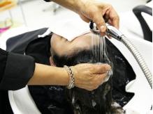 頭皮洗浄スパで、毛穴の汚れやつまりもすっきり☆