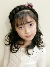 【Lily】 *キッズアレンジ あみこみカチューシャ* ¥2160  卒園式.2