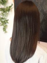 【極☆サラ艶プレミアムシャイン縮毛矯正¥13100】で潤い溢れるサラツヤ髪に★自然な仕上がりが大人気!