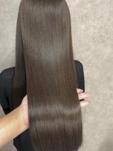 髪のお悩みを丁寧なカウンセリングでしっかり解決☆髪質改善メニューで健康なうる艶美髪を叶えよう♪