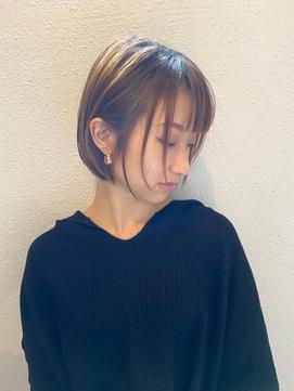 【大人】小顔ハンサム丸みショートボブ