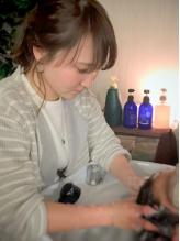 【JR尼崎】厳選したオーガニック薬剤で美髪に導いてくれるMENUが充実♪くつろぎ空間で綺麗になれる…◎