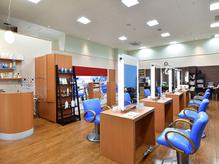 美容室サピュージュ バロー豊橋ショッピングセンター2F