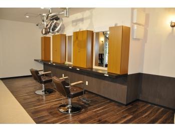 サロンドティズヘアー(Salon de T's Hair)(沖縄県沖縄市/美容室)