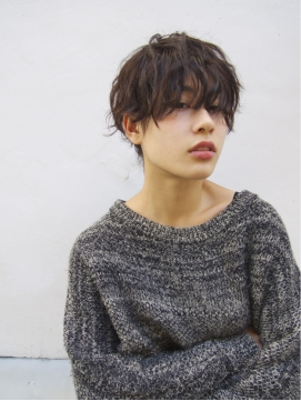【nanuk】顔周りを残したアンニュイショート × クセ感パーマ