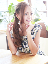 まるで海外セレブ☆安定の編み込みアレンジスタイル♪【新小岩】 カチューム.34