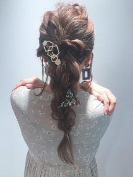 結婚式お呼ばれヘア*二次会編みおろしアレンジヘア