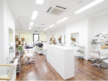 美容室 リスタイルフィフティーンプラス 交野店(Re Style15+)(大阪府交野市/美容室)