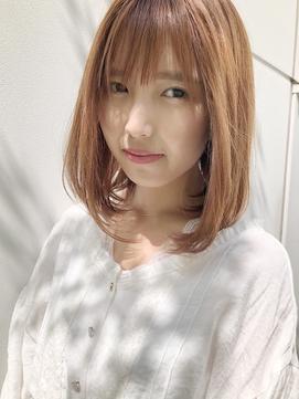 明るい白髪染め美シルエットミディアムボブ【CAMINOIA銀座】