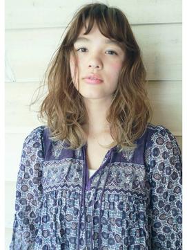 【 LOAVE 】外国人風  / 70年代風 透明感ヘアー
