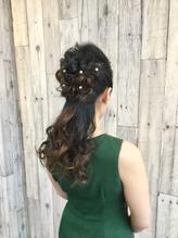 結婚式やパーティー イベントのヘアセットはムーンにどうぞ!.43