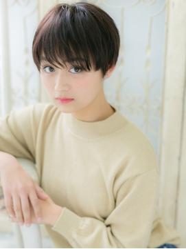 黒髪セシルカット切りっぱなし韓国風ショート20代30代40代b松戸