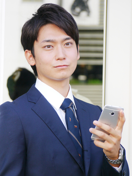 【ヘアジュレドゥ 花井】 スーツが似合う好印象なショート