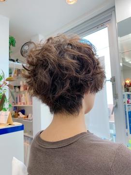 New York Dry Cutで創るくせ毛を活かすショート
