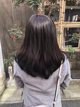 ツヤ感暗髪レイヤースタイル