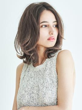 ☆ グレージュ & 毛束感 ☆小顔 オン眉ひし形シルエット☆