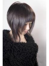 前下がりショートスタイル 巻き髪.27