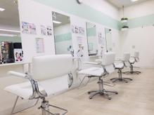美容室 プリュ サンリブ木屋瀬店(Plu')の詳細を見る