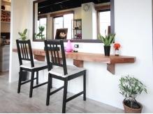 海の家をイメージした店内は、開放的で、かつrelax出来る空間