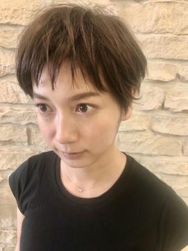 【ZONNE】 ギザバングx小顔ショート