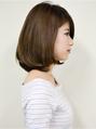 30代40代のためのふんわりシルエット美人ママさん前髪長めボブ