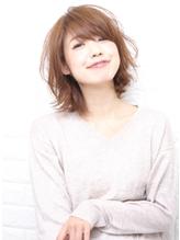 外ハネスタイルとラウンドCカーブカット☆ VERY.58