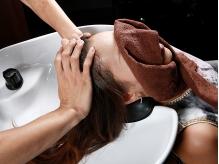 【越谷】心地よいマッサージで髪・頭皮に潤いをもたらす至福の時間…。心も体も癒しのひとときを満喫して☆