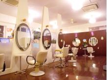 ヘアーアンドメイク カズヨカリーノ(Hair&Make CAZUYO Carino)