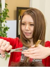 カット+縮毛矯正+TR¥13608(初回)☆より自然なストレート。くせ毛をメリットに変える立体カットもお任せ!!