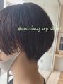 cutting up short//山崎香菜子