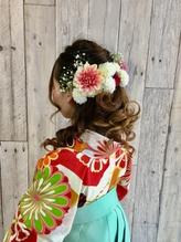 卒業式シーズンのヘアーセットと袴の着付け早朝から取り掛かりOK.29