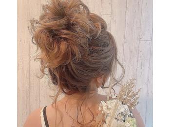 ヘアセットアンドメイク マカロン 博多駅店(Hairset&Make Macaron)(福岡県福岡市博多区/美容室)