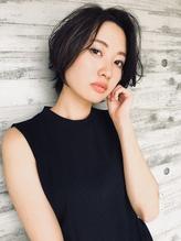 【山田晶悟】大人女性に似合うクールなショートボブ.23