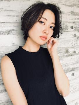 【山田晶悟】大人女性に似合うクールなショートボブ