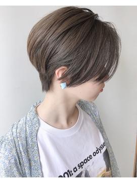 【morio 原宿】ショートボブ 前髪なし グレージュ