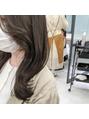韓国人風レイヤーカット × 透明感ベージュ《 北野莉亜 》