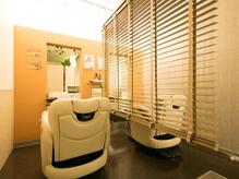 <理容室>《恵比寿ガーデンプレイス内》個室完備で男女共に周りを気にせず気軽に通えるサロン