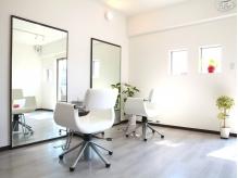 シンプルな白を基調とした空間☆