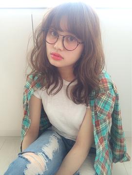 【ARTiCAL hair salon 】メガネでアクセント!ルーズウェーブ