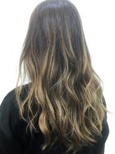 高発色≪クワトロフォンデュカラー≫で思い通りの髪色に♪グラデカラーなど個性派カラーもお任せください☆