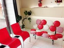 オーダーメイド家具の待合スペース。メンズの方も大歓迎!