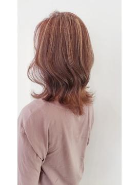 ミディアムレイヤー 白髪ぼかしハイライト 40代50代60代