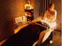 【堺東★女性Staff】加齢による女性のお悩みを改善★フルフラットチェアでのケアは寝落ちしちゃうかも★