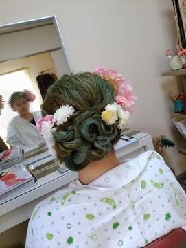 成人式前撮りのための写真映えサイドシニヨン