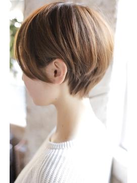 【+~ing  deux】 耳掛け3Dカラー丸みショート【辻口俊】
