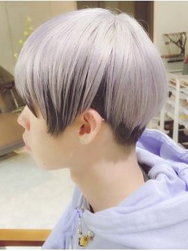 ツートーンカラー/ショートヘア